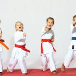 каратэ для детей, дети в каратэ, дети в каратэ, в каком возрасте начать заниматься каратэ