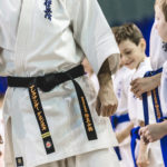 каратэ для детей, тренер по каратэ, новички в каратэ